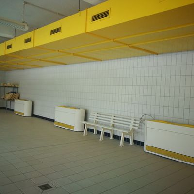 Halle Nord Schwimmbad 1